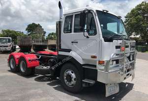 UD CW385 Cab Chassis Prime Mover