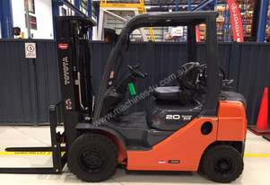 Toyota   FORKLIFTS 32-8FG20