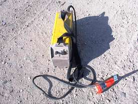 Caddy welder Esab 250 - picture2' - Click to enlarge