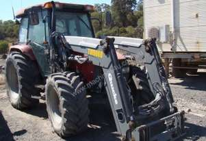 CASE iH FRONT WHEEL ASSIST TRACTOR