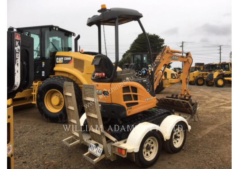 CASE/NEW HOLLAND CX17B Track Excavators