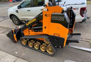 Oz Diggers Tracked Diesel Mini Loader
