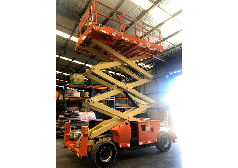 2014 JLG 3394RT MEGADECK - 33ft (VERY LOW HOURS)