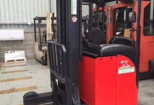 Linde SERIES 115 - Electric Warehouse Forklift