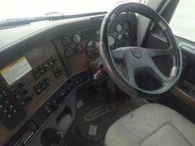Freightliner Columbia - picture8' - Click to enlarge