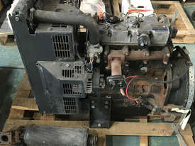 Perkins Industrial Diesel Engine 404D-22 - picture1' - Click to enlarge