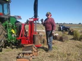 Cougar PM-30 Linkage PTO Log Splitter - picture0' - Click to enlarge