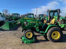 John Deere 3320 Compact Utility Tractor - picture0' - Click to enlarge