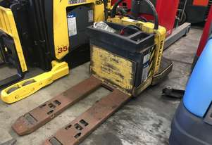 Hyster B60ZAC Battery Electric Pallet Truck