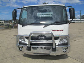 Hino 616 - 300 Series Tray Truck - picture0' - Click to enlarge