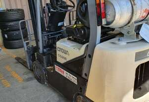2008 2t Crown CG20E Container Forklift Gas