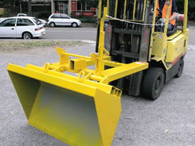 Slip-on Dirt Buckets - picture2' - Click to enlarge