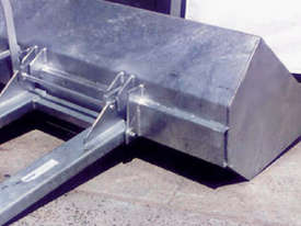 Slip-on Dirt Buckets - picture3' - Click to enlarge