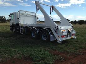 CAYVOL - JWS 160 Skip Loader - picture8' - Click to enlarge