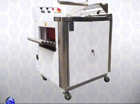 Sealing and Shrinking Machine - picture8' - Click to enlarge