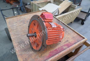 ENGLISH ELECTRIC INDUCTION MOTOR 3 PHASE 1.5HP