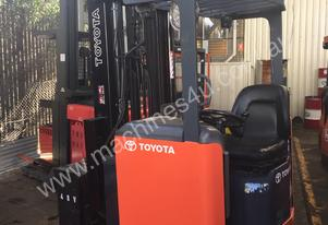 TOYOTA ELECTRIC HIGH  REACH TRUCKS 5M-8.5M LIFT