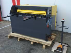 1270mm x 240Volt Guillotine & Panbrake Combo - picture14' - Click to enlarge