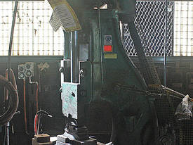 B&S Massey Blacksmiths Power Hammer 3CWT 3 phase a - picture1' - Click to enlarge