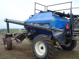 New Holland SC180 Air Seeder Cart Seeding/Planting Equip - picture0' - Click to enlarge