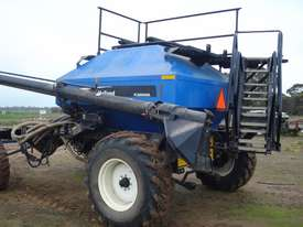 New Holland SC180 Air Seeder Cart Seeding/Planting Equip - picture1' - Click to enlarge