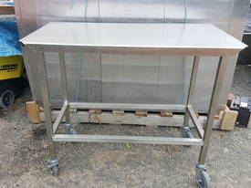 SMALL STAINLESS STEEL BENCH WITH WHEELS