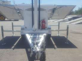 LED Solar lighting tower - picture4' - Click to enlarge