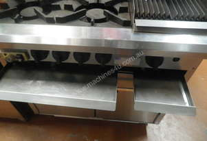LUUS-CRO-4B3C-4-burner-300mm-chargrill-gas-oven