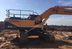 Immaculate 32 tonne Excavator with Indeco Hammer
