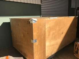 630 kw 840 hp 6 pole 415 v AC Electric Motor - picture0' - Click to enlarge