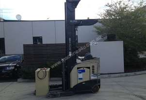Crown Used   Reach Truck