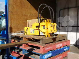 UBT10S Excavator Silence Hydraulic Rock Breaker ATTUBT - picture3' - Click to enlarge