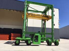 MOBICON CONTAINER CARRIER - picture0' - Click to enlarge