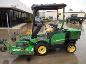 John Deere 1445 Mower - picture4' - Click to enlarge