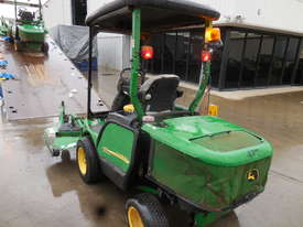 John Deere 1445 Mower - picture5' - Click to enlarge