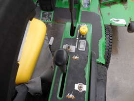 John Deere 1445 Mower - picture10' - Click to enlarge
