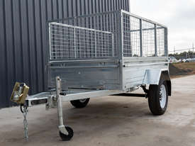 8ft x 5ft Single Axle Box Trailer - picture3' - Click to enlarge