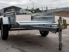 8ft x 5ft Single Axle Box Trailer - picture4' - Click to enlarge