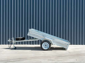 8ft x 5ft Single Axle Box Trailer - picture1' - Click to enlarge