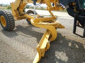2013 Used CAT 140M Motor Grader - picture16' - Click to enlarge