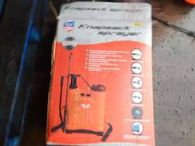 Unused Back Sprayer - 3836-121 - picture2' - Click to enlarge