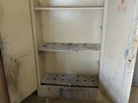 Trafalgar flammable goods cabinet - picture1' - Click to enlarge
