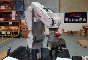 7 Kg Payload Handling Robot with low operating hours and in very good condition