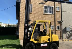 Hyster 3.5 Tonne Container Mast Unit - Buy or Rent
