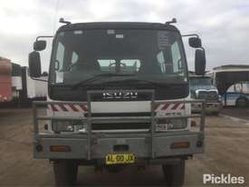 2001 Isuzu FTS - picture1' - Click to enlarge
