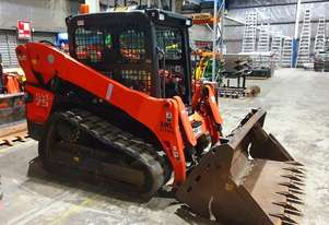 KUBOTA SVL75 TRACK LOADER IN EXCELLENT CONDITION WITH LOW 790 HOURS. 2017 MODEL