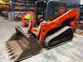 KUBOTA SVL75 TRACK LOADER IN EXCELLENT CONDITION WITH LOW 790 HOURS. 2017 MODEL  - picture0' - Click to enlarge