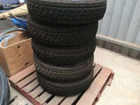 5 x Tyres On Steel Rims - picture0' - Click to enlarge