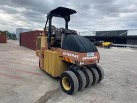 2004 DYNAPAC CP142 ROLLER U3773 - picture1' - Click to enlarge