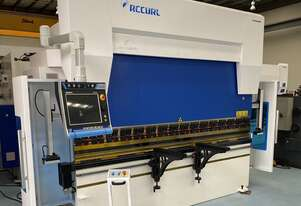 AccurlCMT 135 TON | 3200MM CNC PRESS BRAKE - 7 AXIS WITH ENERGY SAVING TECH | 3D CONTROLLER